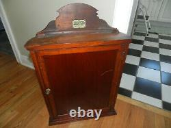 ANTIQUE 20s CIVIC PIPE TOBACCO WOOD CURVED GLASS ADVERTISING STORE DISPLAY CASE