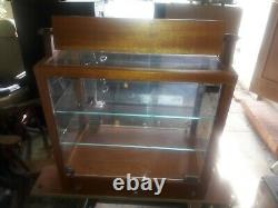 Maui Jim Sunglasses Deluxe Glass Store Display Case PICK UP ONLY IN OJAI, CA