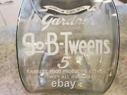 Vintage Gardner GO B-TWEENS 5c Lg Glass Jar General Store Display Barrett Food
