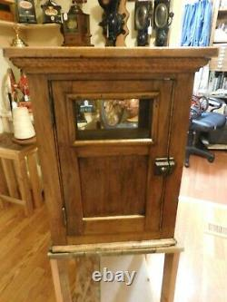 WALNUT WOOD GLASS BREAD SHOWCASE Country Store Counter Top Display CASE